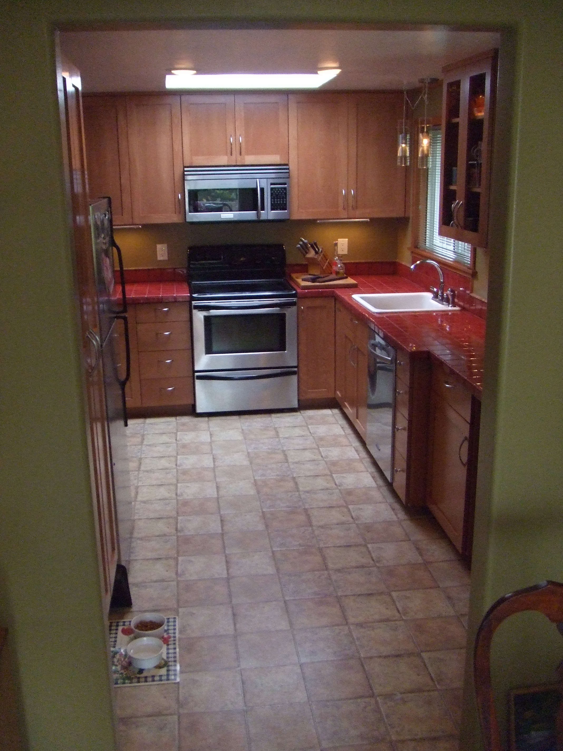 Our good friends needed a new kitchen - it came out beautiful !